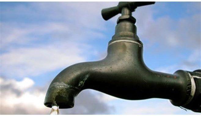 ملفات على مكتب الرزاز: المياه تحديات ''ضخمة''