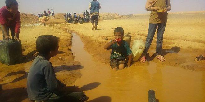 المياه كابوس يُؤرّق 11 ألف نازح في مخيم الركبان